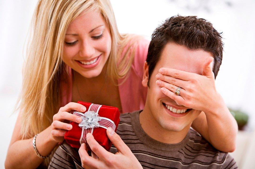 парадная подарок супруге на день рождения с фото это функционально